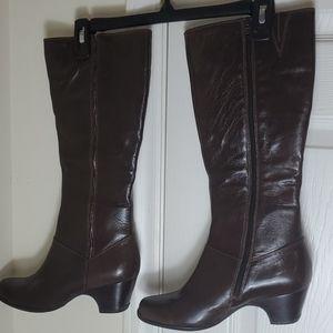 Clarks Artisan Low Heel Fine Leather Boots